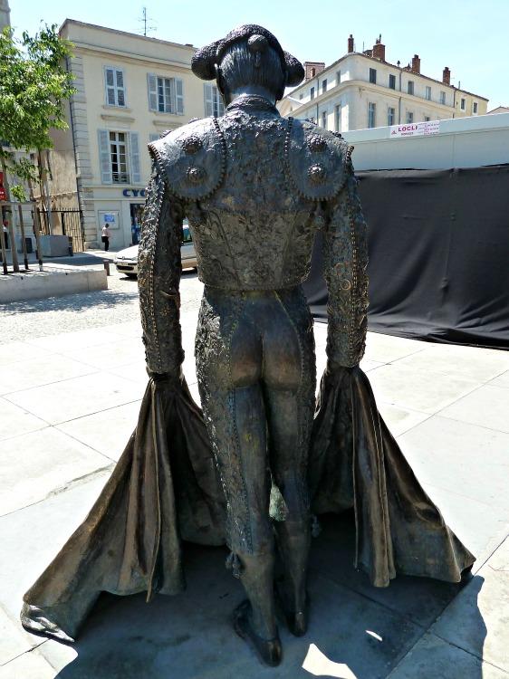 Bullfighter statue nimes