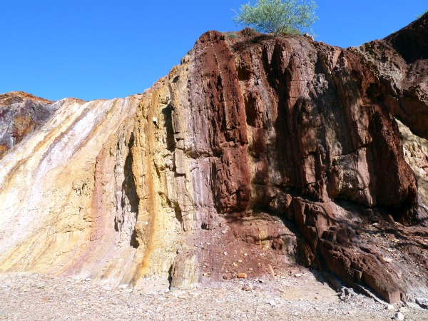 Ochre Pits, West MacDonnell Ranges