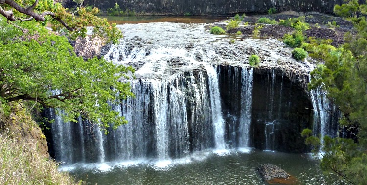 Millstream Falls - Australia's widest waterfall